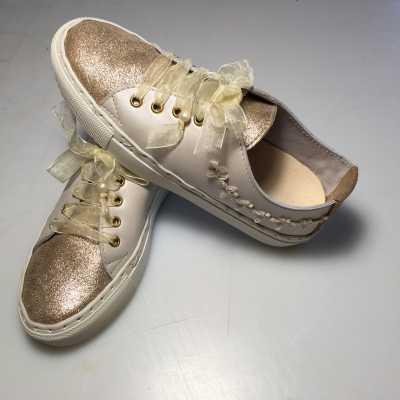 sneakers /bruid